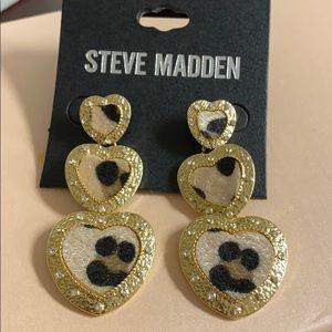 Steve Madden Leopard Hearts Earrings